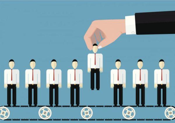 Nguồn nhân lực từ trong doanh nghiệp