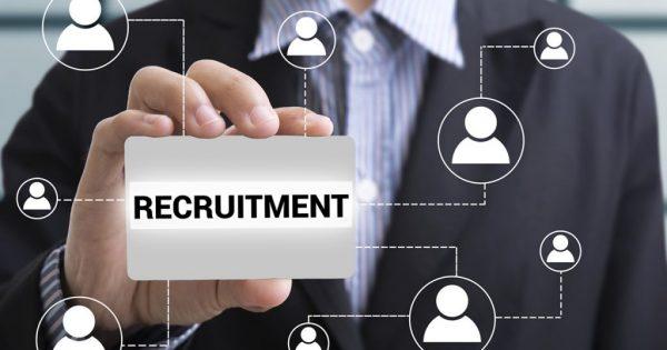 Quy trình tuyển dụng nhân sự gồm 8 bước