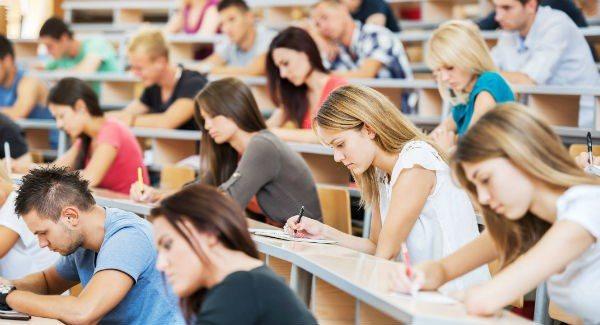 Năng lực sinh viên